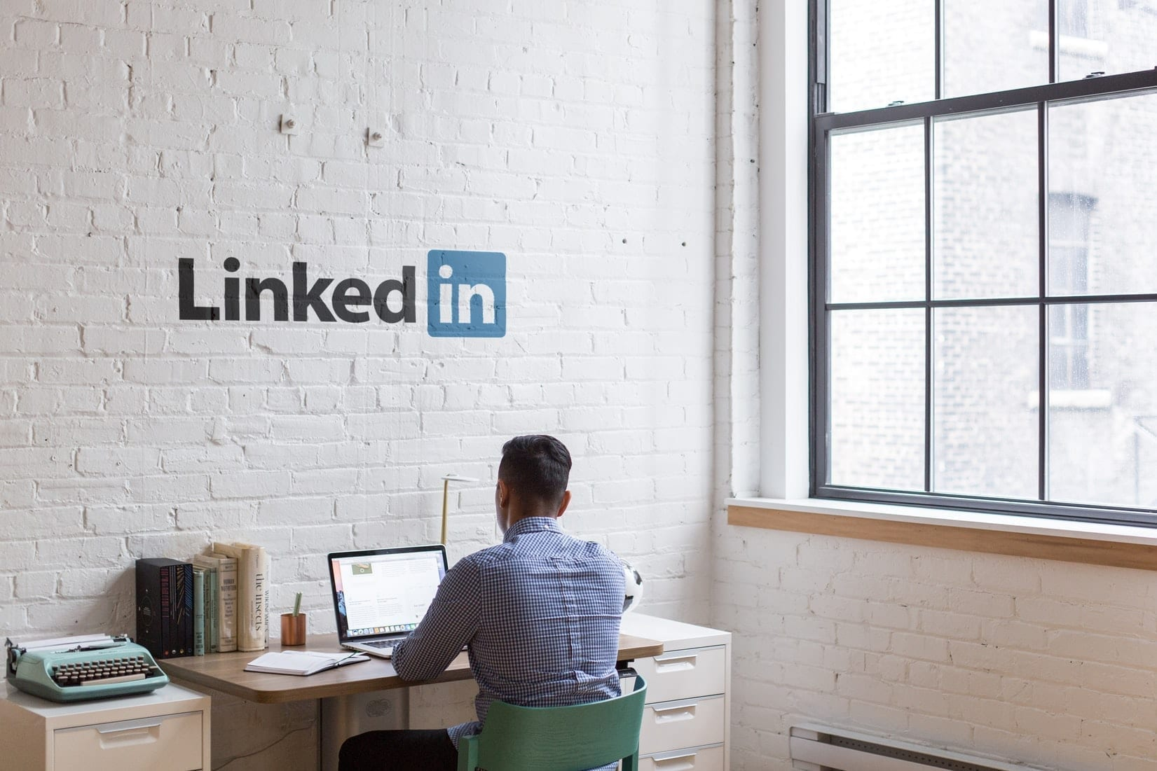 LinkedIn Has Launched A New Event Features, Stories and A Video Meeting Options via LinkedIn Messages